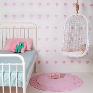 sticker-mural-chambre-fille-diamants-rose-lovemae