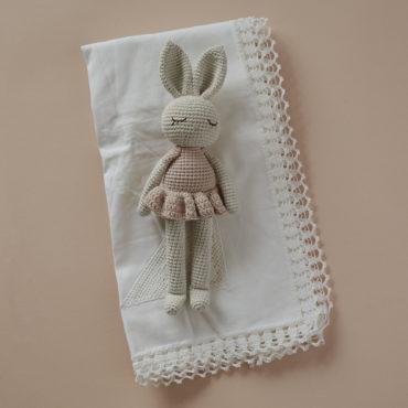 Doudou en crochet Lapin ballerine